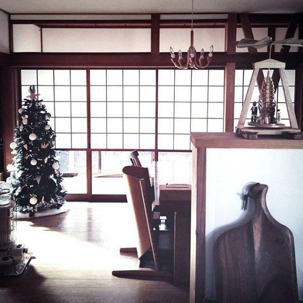 和室にクリスマスツリー