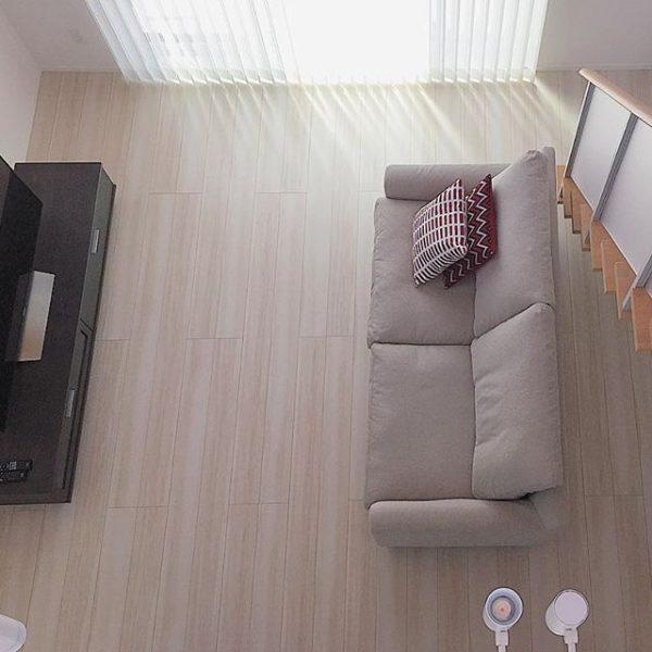 テレビと並行の6畳レイアウト実例