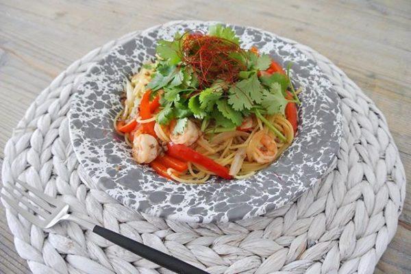 お昼ごはんにおすすめ!タイ風パスタ