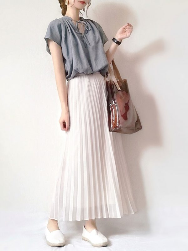 ギャザーブラウス×プリーツスカート