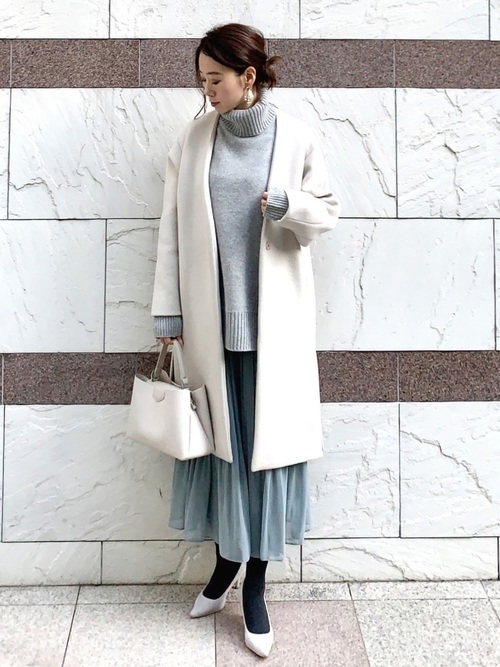 コート×ユニクロプリーツスカート