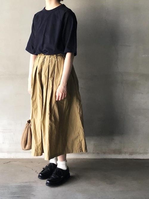 Tシャツ×無印ギャザースカート