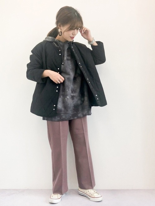 女性らしくソフトなキルティングジャケット