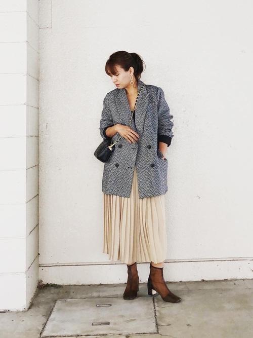 ジャケット×プリーツスカート