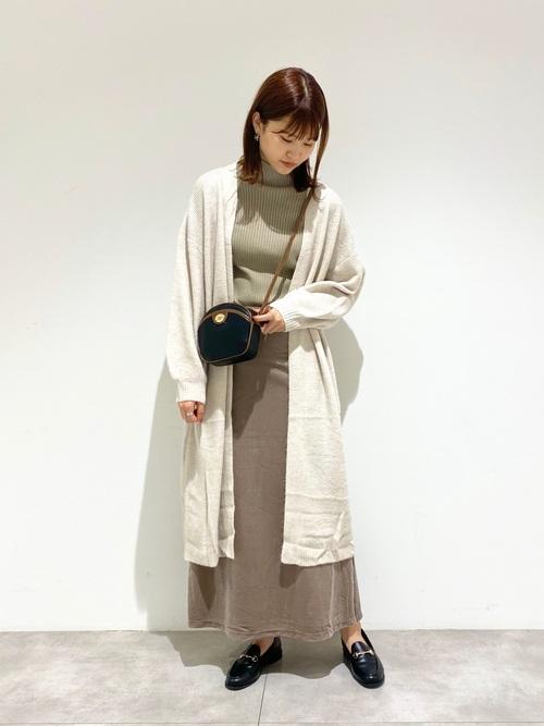 茶色ベロアスカート×ロングカーディガン