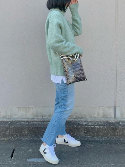 ZARAのミントグリーンセーター