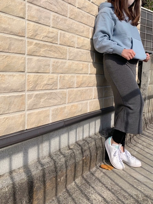 GU水色パーカー×グレースカート