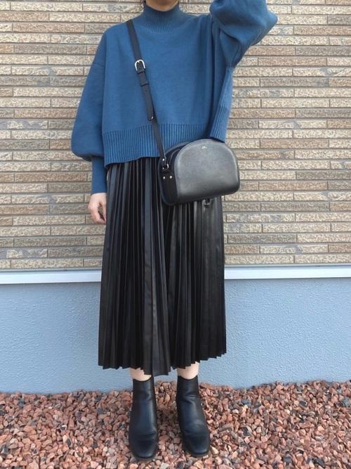 GUレザープリーツスカート