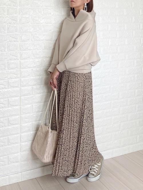 GUプリーツロングスカート