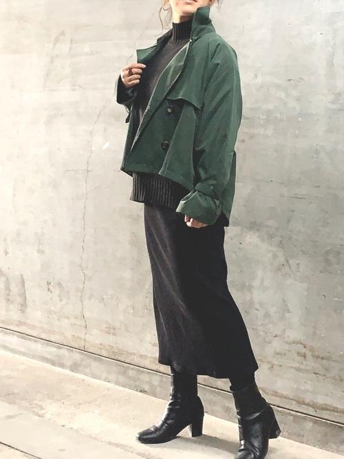GU黒タイトスカート