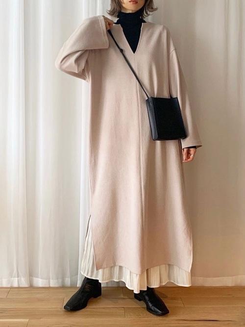 GUベージュワンピ×スカート