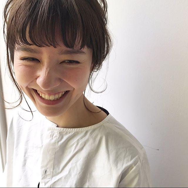 可愛らしいオン眉ぱっつん前髪