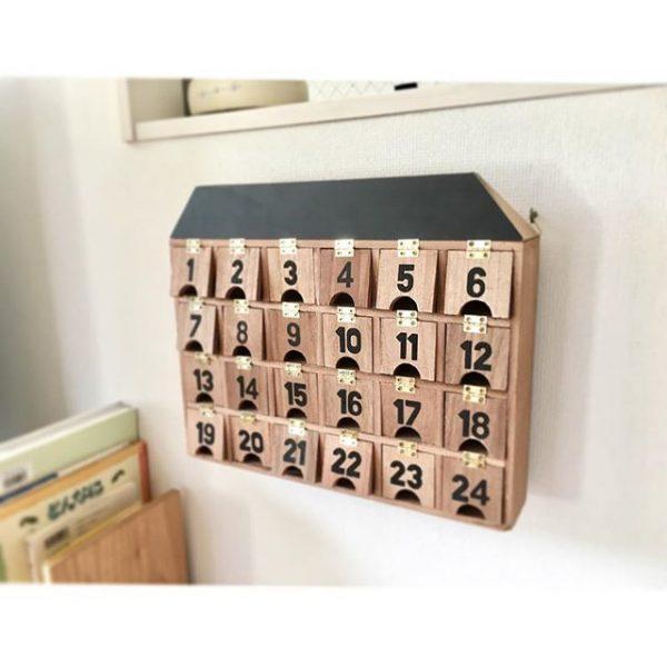 ナチュラルな木箱タイプ