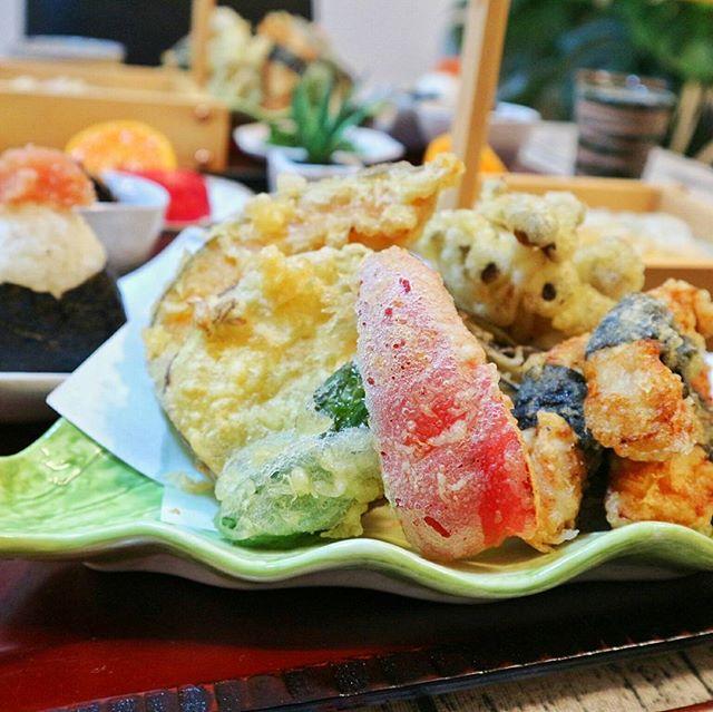 紅一点!赤パプリカの天ぷら