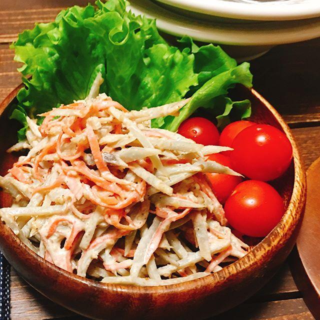 作り置きできる「千切り野菜のサラダ」