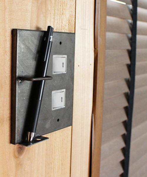 [a.depeche] iron pen holder switch plate 2口 / アイアン ペンホルダースウィッチプレート 2口