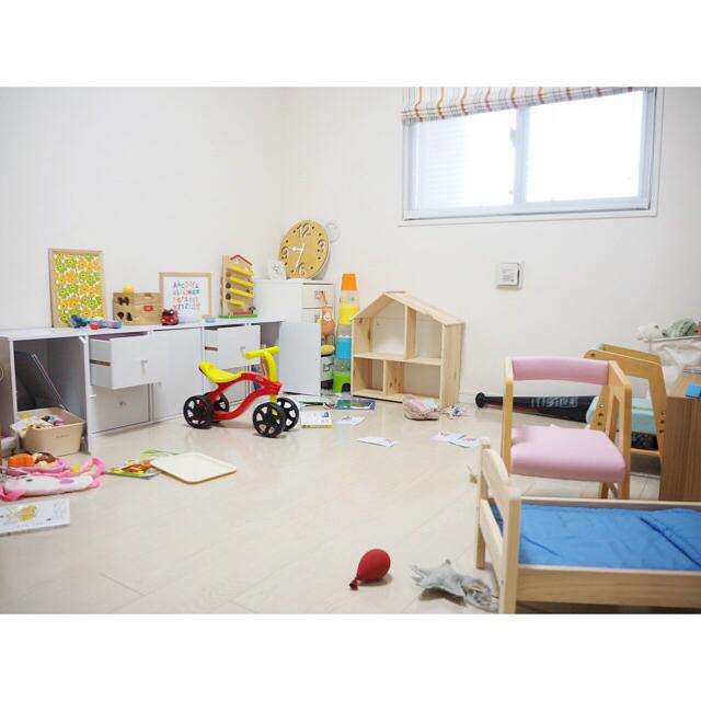 子供部屋を3人で使うレイアウト