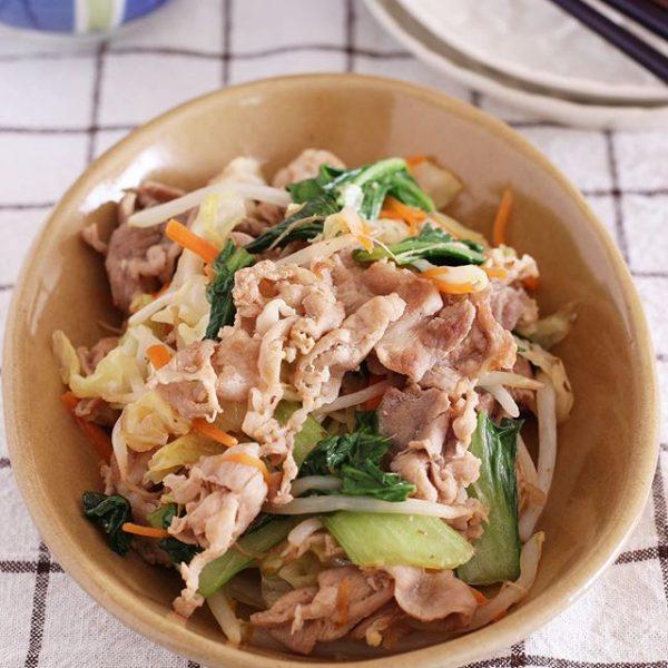 野菜を変えて美味しい♪塩バター野菜炒め