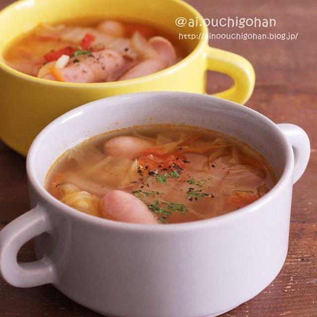 野菜とウインナーのトマトコンソメスープ
