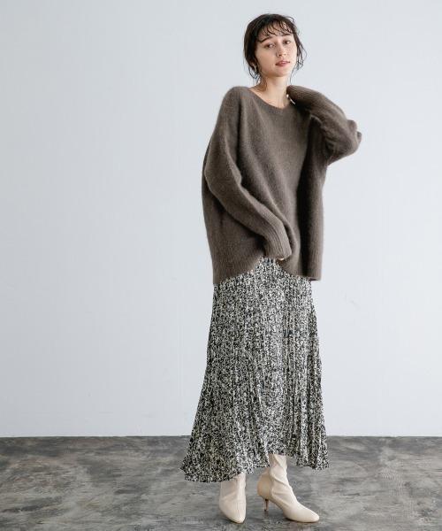 ルーズニット×プリントプリーツスカート
