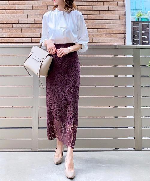 白ブラウス×レースタイトスカート