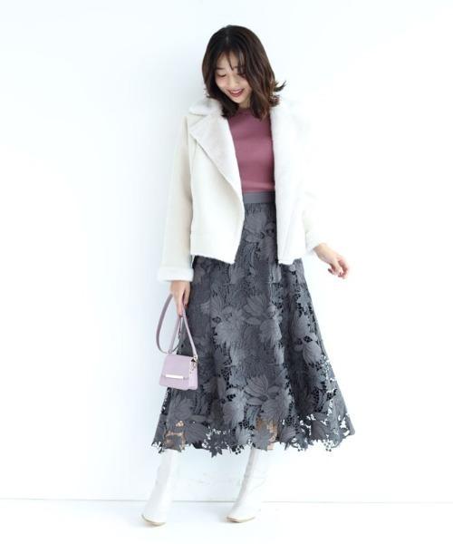 スエードレース刺繍フレアスカート