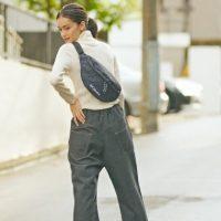 ウエストポーチの大人女子コーデ【2020秋冬】バランスのよい着こなしって?