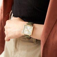 大人女性のオンスタイルに☆通勤におすすめなおしゃれ『時計』15選
