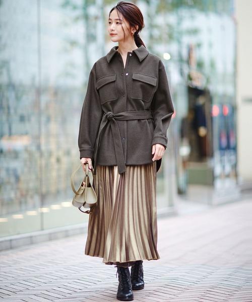 ワークシャツジャケット×プリーツスカート