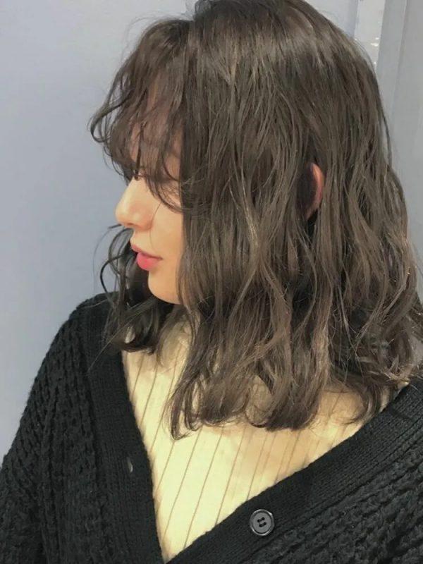 波のような巻き髪のやり方