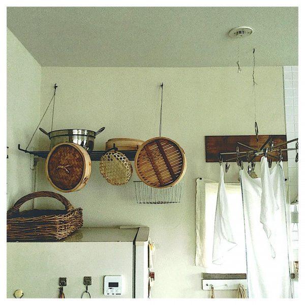 布巾の便利なキッチン吊り下げ収納アイデア