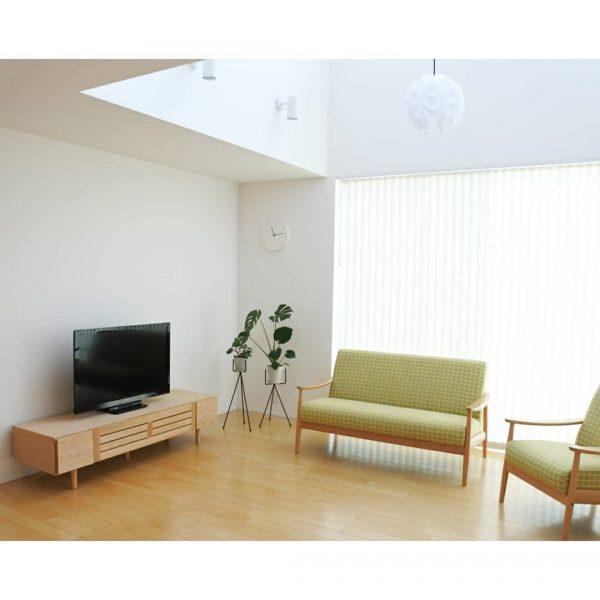 風水的に良いソファとテレビのレイアウト