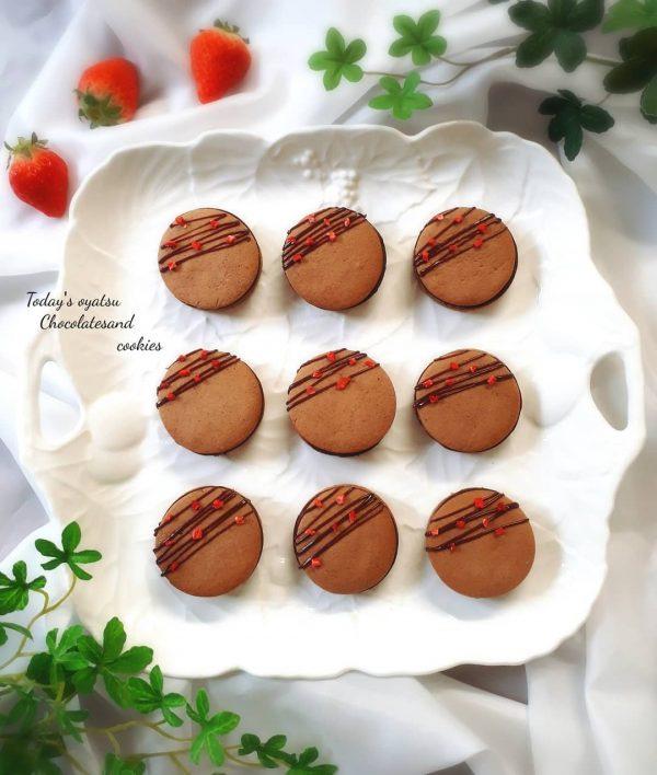 手作りしたい人気の生チョコサンドクッキー