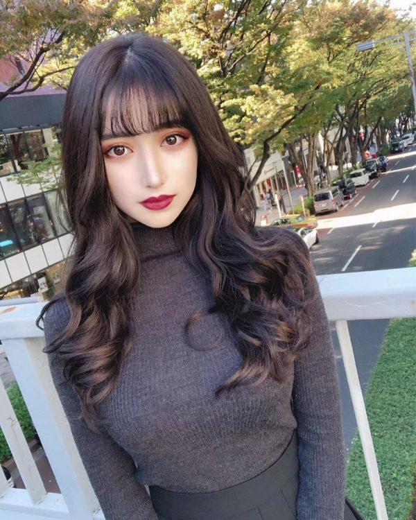 女神っぽさが人気の韓国風ロングヘア