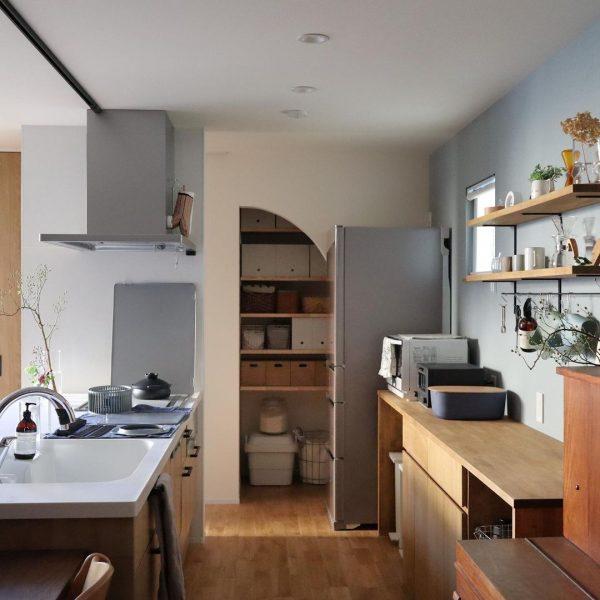 お気に入りの棚で綺麗なキッチン