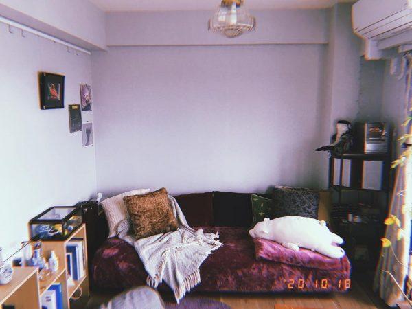もこもこソファの6畳のリビング実例