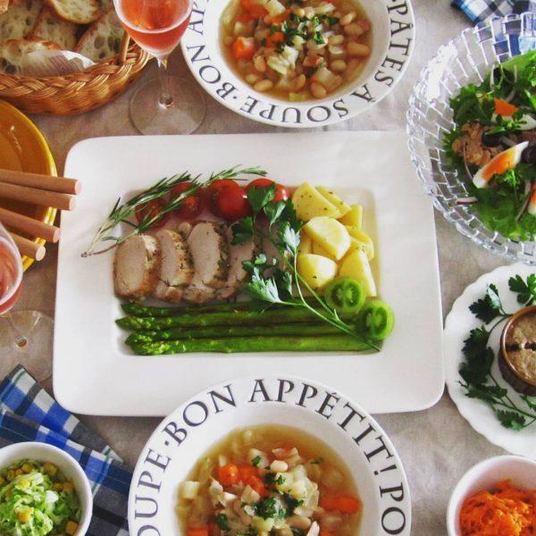 豚肉のメイン料理に人気のローストポーク
