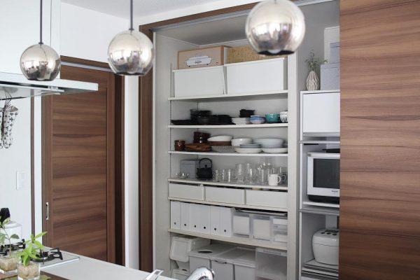オープンキッチン 収納実例 食器編3