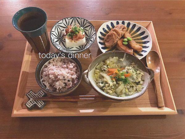 カレイの煮付けの献立にさっぱり湯豆腐