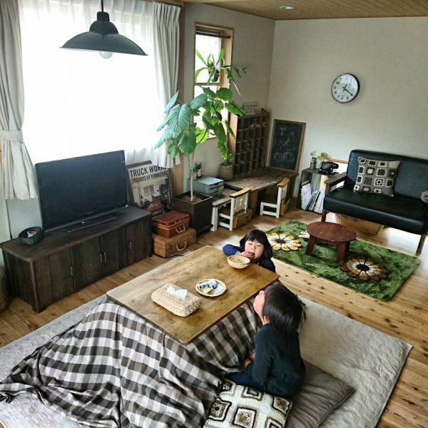 窓の位置を考えたテレビの配置