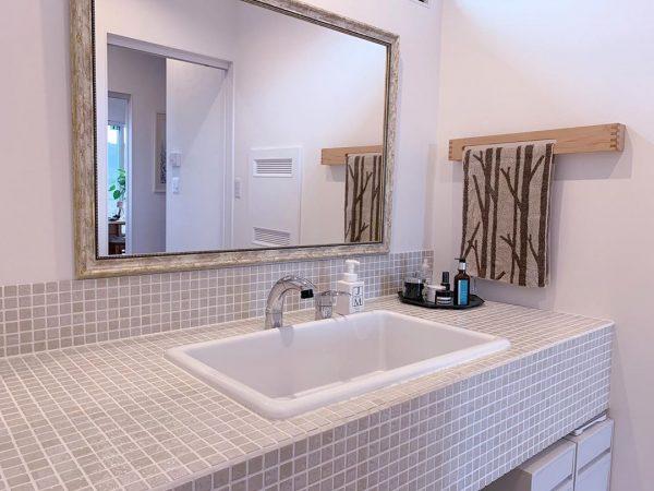 洗面台の水周りはすっきり清潔感をキープ