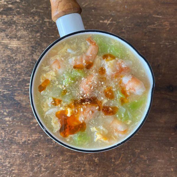 海老と白菜のたまごスープ