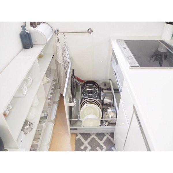 オープンキッチン 収納実例 調理器具・カトラリー3
