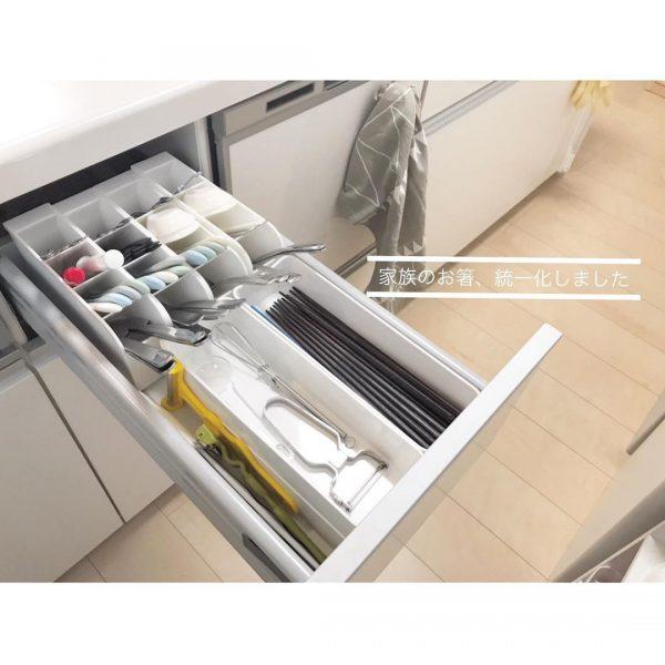 オープンキッチン 収納実例 調理器具・カトラリー2