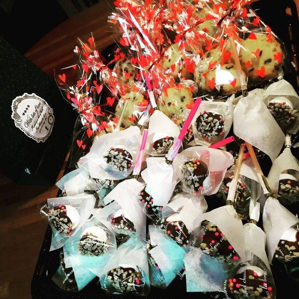 小学生向けの可愛いお菓子!マシュマロポップ