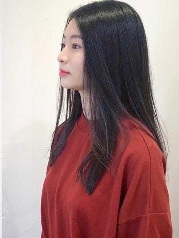 黒髪ロング ストレート 前髪アレンジ5