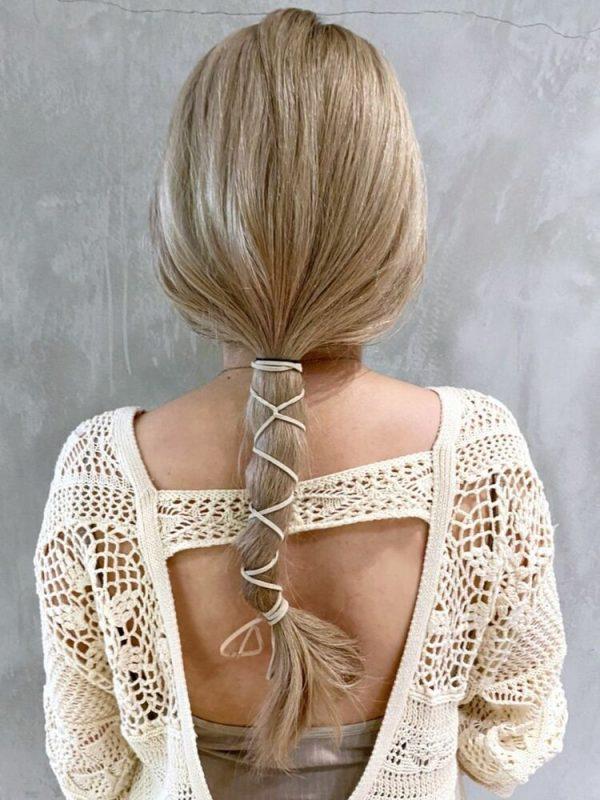 ロングヘアで作るまとめ髪ヘアアレンジ