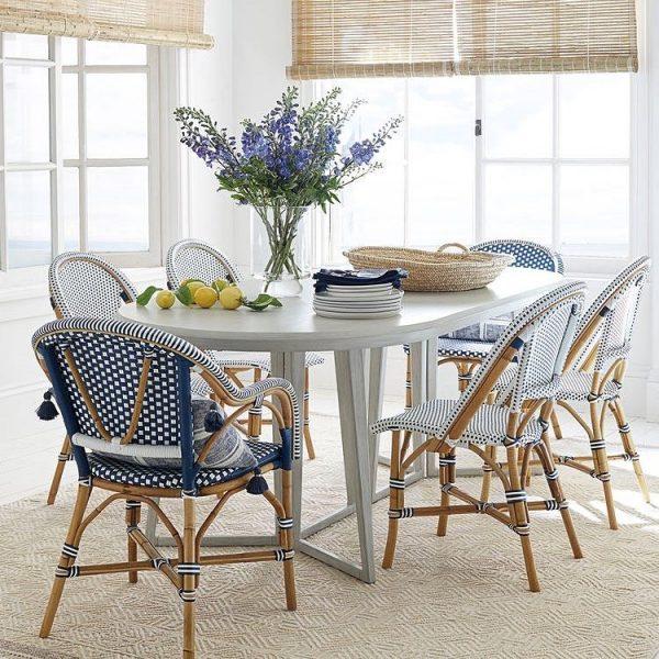 爽やかなカラーが目を引くラタン家具