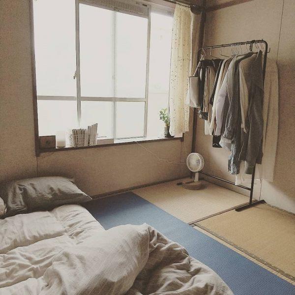 狭い部屋でもレイアウト可能なラック