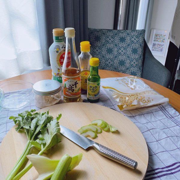 7畳向けダイニングキッチンレイアウト テーブル5